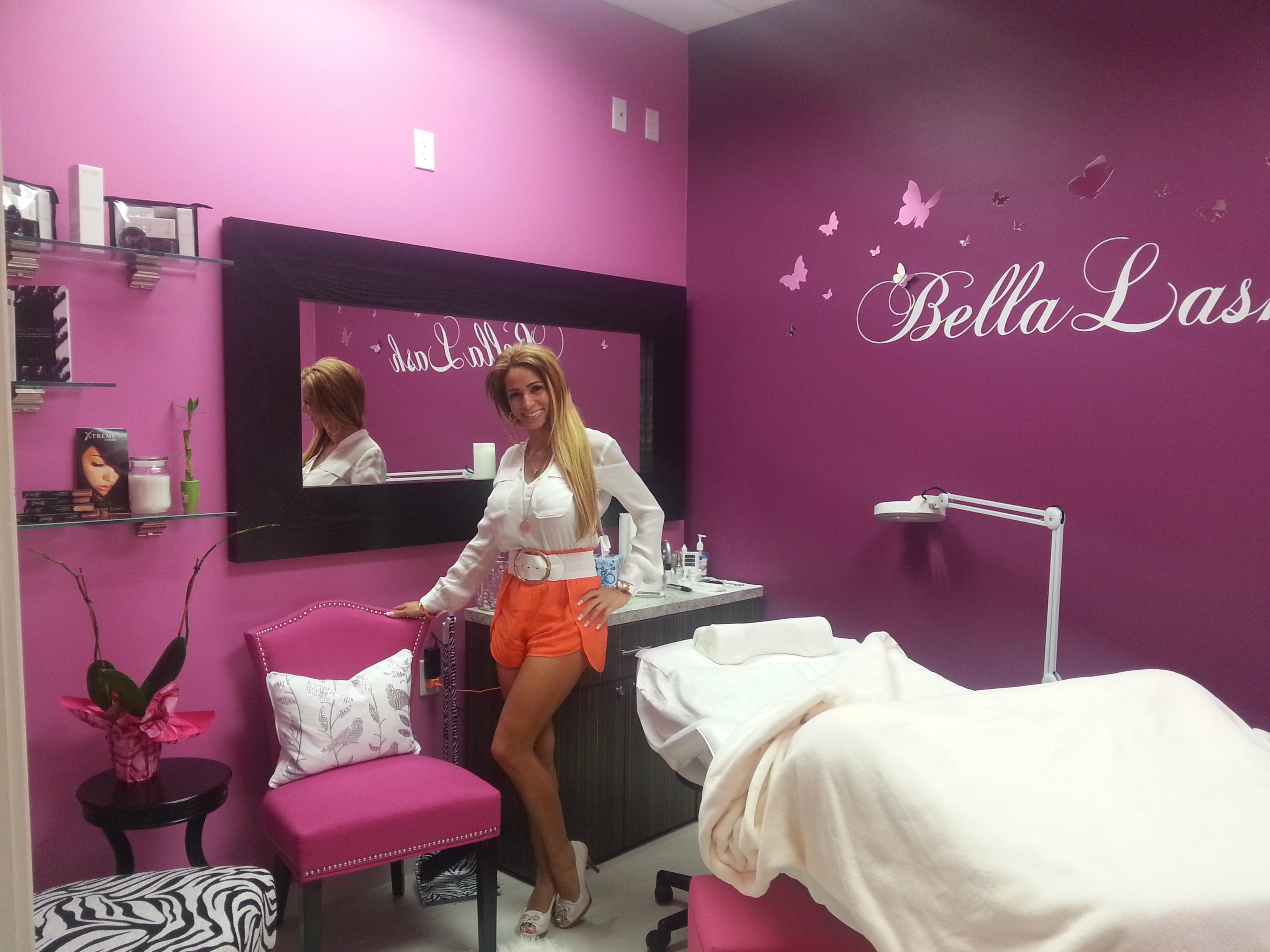 Become Independent Bella Salon Suites